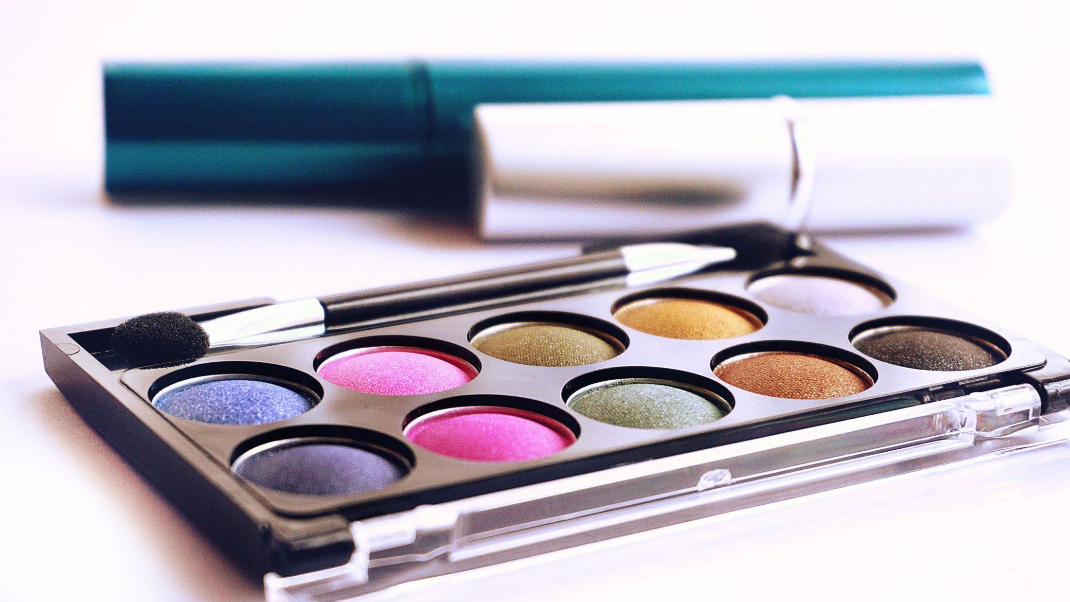 Colorful Eye Makeup Palette